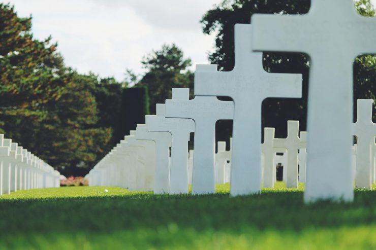 Usługi pogrzebowe na cmentarzu