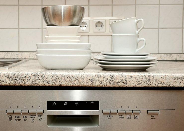 zmywarka - czyste naczynia